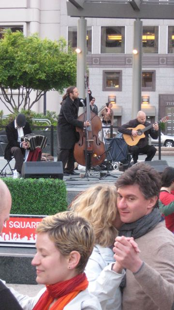 Trio Garufa - Tango in the Square