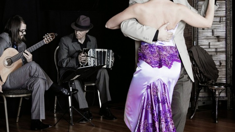 How to become a good Tango dancer